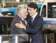 Les premiers ministres Philippe Couillard et Justin Trudeau... (La Presse Canadienne, Ryan Remiorz) - image 3.0