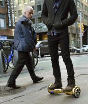 Leshoverboards sontinspirés duskateboardvolant du filmRetour vers le futur.... (AFP, Timothy A. Clary) - image 2.0