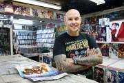 Jason Rockman est porte-parole du huitième Comiccon de... (Photo Robert Skinner, La Presse) - image 1.0