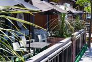 Une terrasse accueillante pour profiter des belles journées... (Courtoisie) - image 1.1