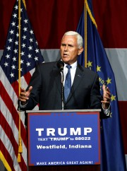 Mike Pence... (PHOTO REUTERS) - image 2.0