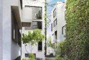 Côté jardin, plus calme et intime, un revêtement... (ILLUSTRATION FOURNIE PAR KNIGHTSBRIDGE) - image 2.0