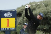 Phil Mickelson... (PHOTO BEN CURTIS, AP) - image 10.0