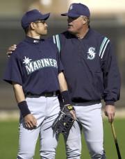Lou Piniella (à droite), premier gérant de Suzuki... (AP, Lenny Ignelzi) - image 2.0
