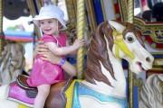 Les chevaux du carrousel ont su accrocher un... (Andréanne Lemire) - image 2.0