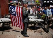 Lou Pumphrey, vétéran de la guerre du Viêtnam,... (Photo Shannon Stapleton, Reuters) - image 2.0