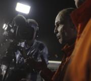 «L'avenir est propre», a lancé Bertrand.Piccard en s'adressant... (AFP, Karim Sahib) - image 2.0