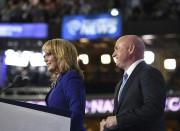 L'ancienne représentante de l'Arizona, Gabby Giffords, gravement blessée... (AFP, Robyn Beck) - image 3.0