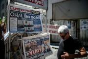 Outre l'armée, les médias sont en première ligne... (PHOTO AFP) - image 2.0