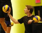 L'entraîneur-adjoint de l'équipe canadienne de volley-ball masculin, Vincent... (Simon Séguin-Bertrand, Le Droit) - image 3.0