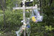 Des messages sont inscrits sur la croix où... (Sylvain Mayer, Le Nouvelliste) - image 1.0