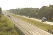 La circulation sur l'autoroute 10 a été ralentie... (Catherine Trudeau, La Voix de l'Est) - image 2.0