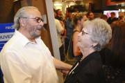 Dino Tavarone et la mère de Michel Côté... (Photo Le Quotidien, Gimmy Desbiens) - image 1.0