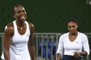 Les soeurs Venus et Serena Williams ne remporteront... (AFP, Martin Bernetti) - image 2.0