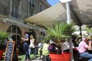 Le restaurantLes arcades, situé Place Louis XII, propose... (PHOTO CATHERINE SCHLAGER, LA PRESSE) - image 2.0