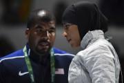 L'escrimeuse Ibtihaj Muhammad (photo)a perdu face à la... (AFP, Fabrice Coffrini) - image 10.0