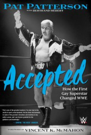 Il a marché sur le tapis rouge avec Dwayne The Rock... (Photo fournie par la WWE) - image 2.0
