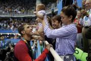 Michael Phelps a célébré sa conquête de la... (AP, Matt Slocum) - image 2.0