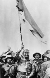 Fidel Castro a visité le Vietnam du Sud... (AFP) - image 11.0