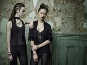 Caroline Néron suggère de superposer les bijoux et... (Leda&St.Jacques) - image 3.0