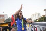 Majlinda Kelmendi a remporté la première médaille de... (AP, Visar Kryeziu) - image 2.0