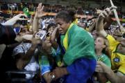 Rafaela Silva a ému tout le Brésil en... (AP, Markus Schreiber) - image 3.0