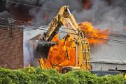 Une soixantaine de pompiers de Longueuil ont mis... (PHOTO PATRICK SANFACON, LA PRESSE) - image 1.1