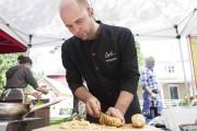 Francis Pouliot, gagnant de l'émission Les Chefs!, a... (Le Soleil, Caroline Grégoire) - image 4.0