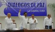 Le chef négociateur des FARC, Ivan Marquez, fait... (AFP, Yamil Lage) - image 2.0