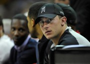 Johnny Manziel... (PHOTO DAVID RICHARD, ARCHIVES USA TODAY SPORTS) - image 1.0