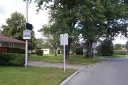 Sur la rue Jolliet, à Chicoutimi, un panneau... (Photo Le Quotidien, Roger Blackburn) - image 1.0
