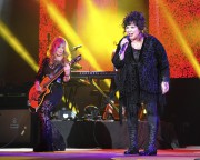 Le mari de la chanteuse et leader de... (AP, Jeff Daly) - image 6.0