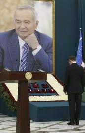 Le premier ministre russe Dmitri Medvedev a assisté... (PHOTO DMITRY ASTAKHOV, AFP/SPUTNIK) - image 1.0