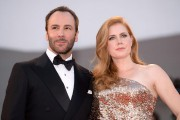 Actress Amy Adams et le réalisateur Tom Ford... (PHOTO FILIPPO MONTEFORTE, AFP) - image 1.0