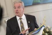 Le maire Bernard Sévigny ne s'attend pas à... (Archives, La Tribune) - image 2.0