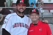 La joueuse de baseball trifluvienne ÉVELYNE VERRETTE a eu le privilège de... - image 3.0