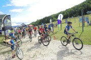 Une trentaine de cyclistes ont pris part à... (Photo Le Progrès-Dimanche, Gimmy Desbiens) - image 1.0