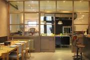 La salle à manger de l'hôtel L'Épicurium.... (Photo tirée du site web de l'hôtel) - image 6.0