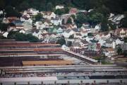 Johnstown, nichée dans une vallée, est emblématique de... (photo DOMINICK REUTER, AFP) - image 2.0