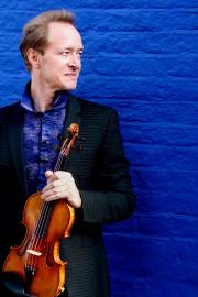 Le chef et violoniste Anthony Marwood... (Walter Van Dyck) - image 3.0