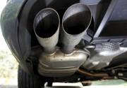 L'échappement d'une Volkswagen Passat TDI diesel photographiée à... - image 7.1