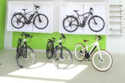 On voit ici quelques-uns des vélos à assistance... (Janick Marois, La Voix de l'Est) - image 1.0