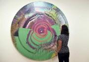 La toile circulaire aux airs de kaléidoscope cosignée... (AFP, Angela Weiss) - image 3.0