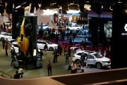 Les journalistes ont déferlé sur le centre des... (REUTERS) - image 3.0