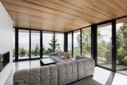 Les longues façades vitrées donnent des points de... (Adrien Williams) - image 4.0