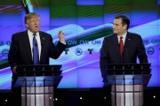 Donald Trump et Ted Cruz au débat républicain... (Archives AP) - image 14.0