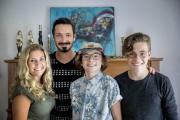 La famille Girard racontera son expérience de volontariat... (Archives La Presse, Marco Campanozzi) - image 1.0