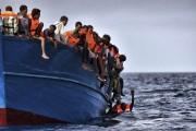 Les dangers de ces embarcations surchargées sont tels... (AFP, Aris Messinis) - image 2.0