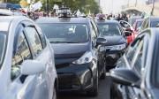 Des taxis ont bloqué les rues à Montréal... (La Presse canadienne, Graham Hugues) - image 5.0