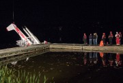 L'hydravion a été tiré jusqu'aux quais d'Aviation R.... - image 1.0
